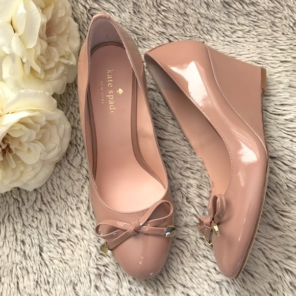 76274a088131 ▫️kate spade▫️Nude Patent Leather Wedges▫️NIB